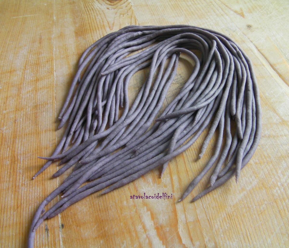 Spaghetti al cavolo viola