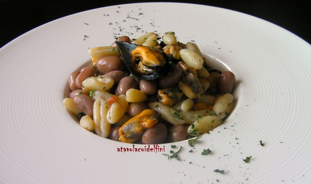 Cavatelli di semola con fagioli borlotti e cozze nere tarantine