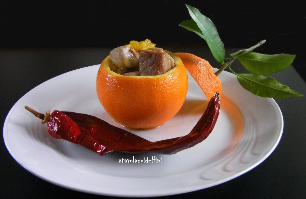 Polpa di coscia di pollo in calotta di arancia navelina di Palagiano e peperone crusco di Senise