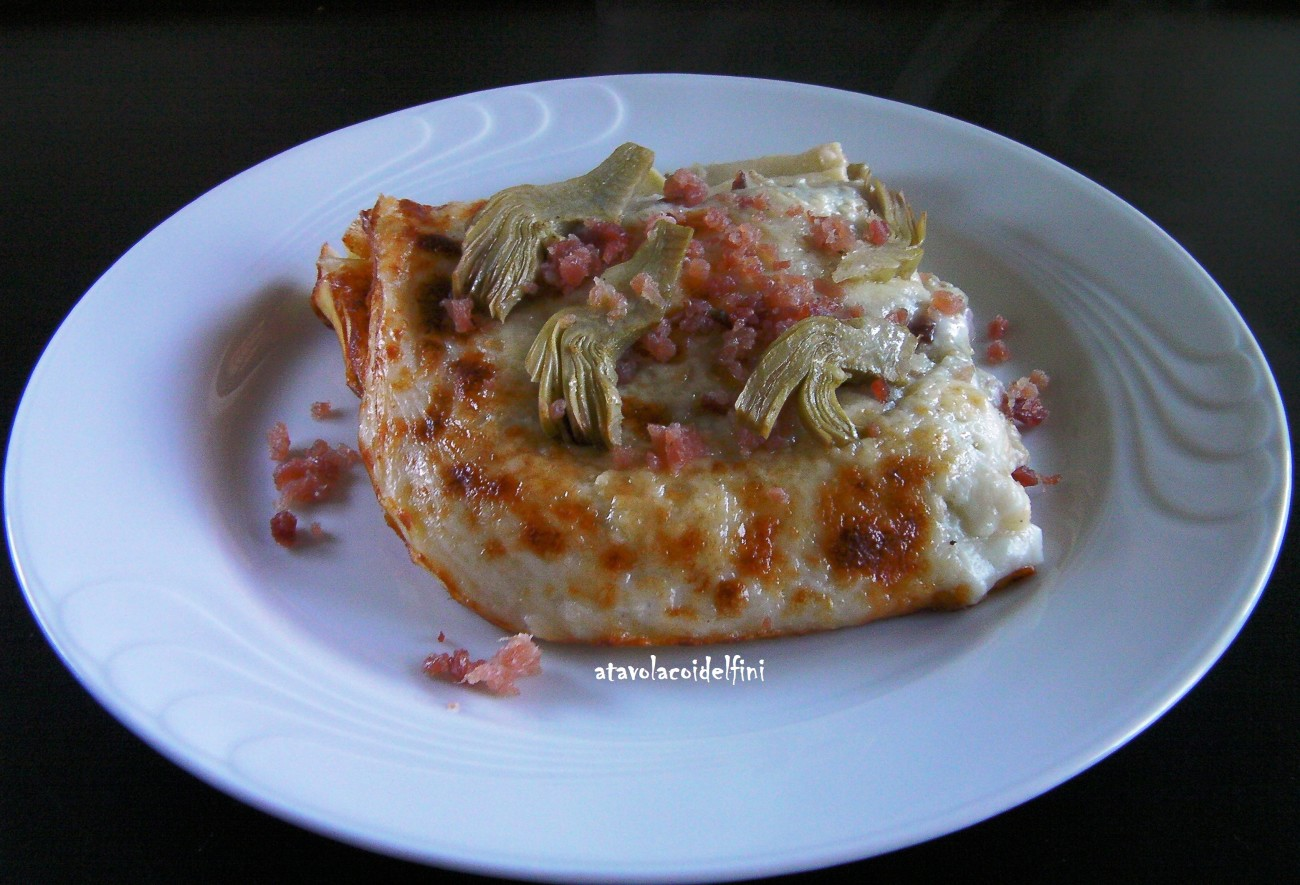 Lasagne di semola rimacinata all'uovo con carciofi, scamorza affumicata e speck
