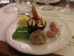 Na' tazzulella dolce (ricotta, cotto di fichi e cioccolato) - fico secco - mandorle caramellate
