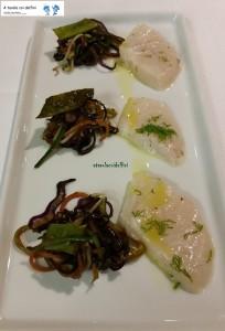 Sashimi di ricciola all'aneto con verdure al sesamo caramellate alla soia