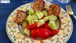Pane di semola Cappelli integrale, caroselli e pomodori