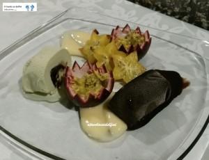 Semifreddo al pistacchio e al cioccolato con frutto della passione