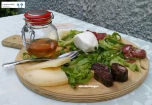 Salumi e formaggi molisani e miele di castagno