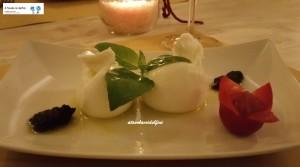 Burratina, patè di olive nere e basilico