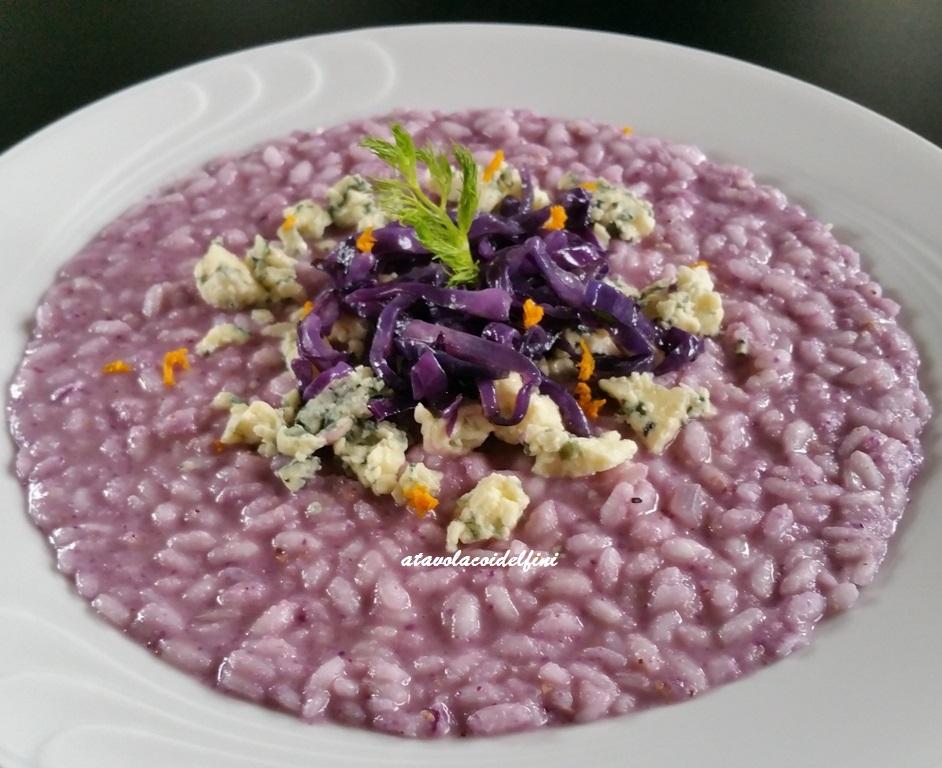 Risotto al cavolo viola con gorgonzola blu e curcuma