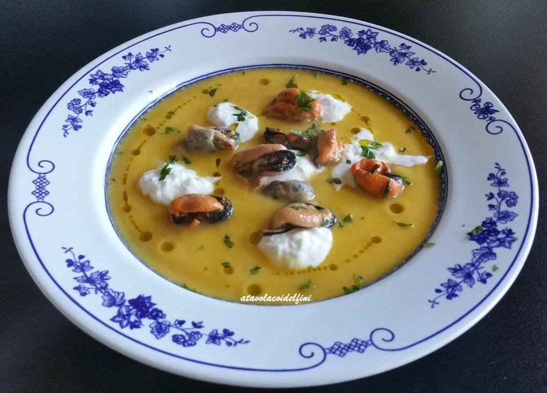 Crema di zucca, stracciatella e cozze tarantine