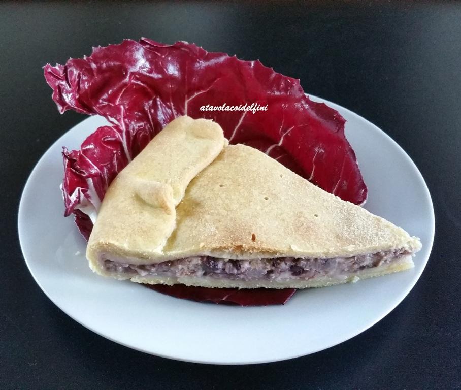 Torta salata al radicchio, stracchino e speck