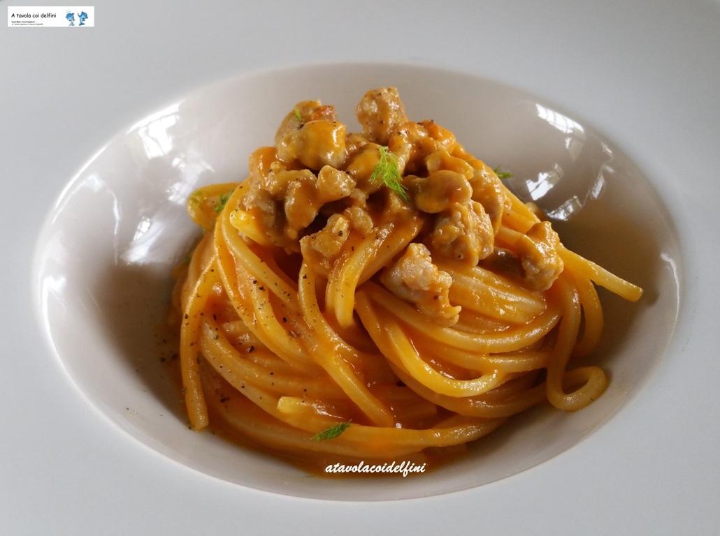 Spaghetto quadrato alla crema di zucca e salsiccia