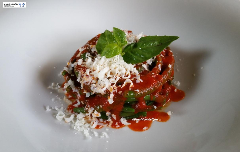 Fagiolini al sugo di pomodori pizzutello e cacioricotta