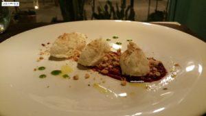 Baccalà mantecato con nocciole e crema di barbabietole
