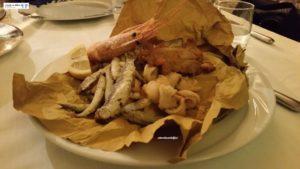 Frittura di pesci e crostacei
