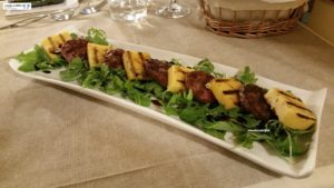 Salame arrosto, polenta e aceto balsamico