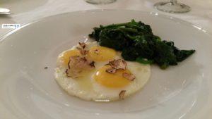 Uova di quaglie al tartufo